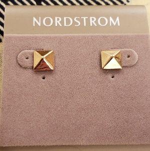 NWT Nordstrom geometric stud earrings, gold